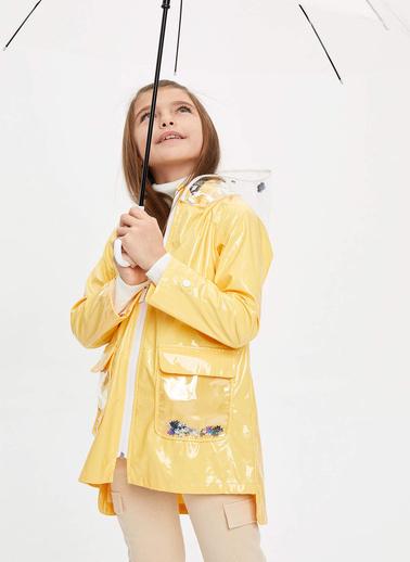 DeFacto Kız Çocuk Kapüşonlu Cep Detaylı Yağmurluk Sarı
